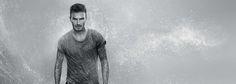 ¿Sabías que David Beckham y Biotherm Homme lanzarán el año que viene una nueva línea de cosmética para el hombre? El futbolista y la firma número uno de cosmética masculina se han unido para que todos los hombres estéis perfectos! Todos los detalles en nuestro blog....