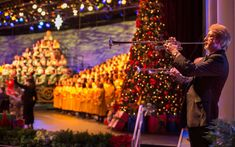 Walt Disney World Announces 2018 Epcot International Festival of the Holidays & Candlelight Processional - Disney Dining Information