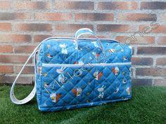 Si te gusta, visita mi Facebook Diaper Bag, Facebook, Wooden Stars, Star Shape, The Creation, Mugs, Day Planners, Diaper Bags