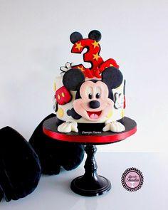 Children Cake, Happy Birthday, Desserts, Food, Happy Brithday, Tailgate Desserts, Deserts, Urari La Multi Ani, Eten