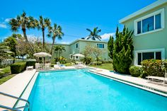 Enjoy Island Fun when you visit Anna Maria Island beach rental Palm Cay! Book your stay today!