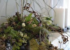 detail-woodland-arrangement-for-mantle-francoise-weeks