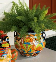 Hand-Crafted Painted And Glazed Ceramic Talavera Planter. Plain pot and use talavera fabric with a protective glaze over it or break tiles and do talavera mosaic. Foxtail Fern, Talavera Pottery, Ceramic Planters, Head Planters, Container Flowers, Unique Flowers, Glazed Ceramic, Container Gardening, Flower Pots