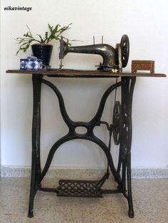 maquinas de coser antiguas decoradas - Buscar con Google