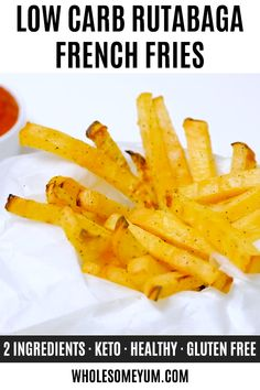 Recipes Videos Low Carb Keto French Fries Recipe (Rutabaga Fries) - Rutabaga fries make the best keto french fries! You'll love the crispy exterior. These low carb fries have just 6 g net carbs! Beef Recipes, Low Carb Recipes, Vegetarian Recipes, Healthy Recipes, Swede Recipes, Healthy Snacks, Snack Recipes, Fat Bombs, Lchf