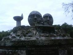 Statue i love