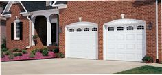 Amarr Short Panel garage door in True White with Cascade Windows. Available in Olympus, Heritage™, Lincoln, and Stratford® Collections. Visit www.amarr.com for more great styles.