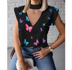 Butterfly Shirts, Butterfly Print, Chic Type, Blouses For Women, T Shirts For Women, Short Shirts, Casual Chic Style, Star Print, Printed Shorts