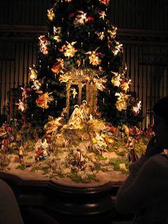 The Met's Christmas Tree and Nativity Scene 2004 by BayerNYC, via Flickr