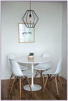 25 of our favourite millennial pink home decor picks 00013 * aux-pays-des-fleu…. Studio Apartment Decorating, Apartment Design, Apartment Living, Living Room Designs, Living Room Decor, Bedroom Decor, Cafe Interior, Interior Design, Interior Ideas