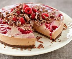 This impressive #Raspberry and #Toblerone #Cheesecake not only looks sensational but tastes fantastic too!