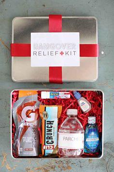 Y este kit de primeros auxilios por el cual te agradecerá tu resaca.