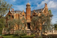 The Haunted Mansion from Liberty Belle - Garry Rollins