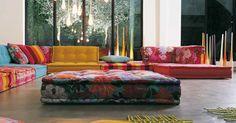 Mah Jong Sofa by Hans Hopfer for RocheBobois kinda cool Floor Couch, Floor Cushions, Cushions Ikea, Big Cushions, Chair Cushions, Swivel Chair, Elegant Living Room, My Living Room, Modern Living
