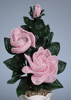 French Beaded Flowers – Center Bar? Make Loops??