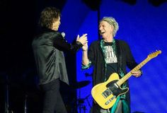 Rolling Stones | Yesterday finally they were closer and enjoying together  !!