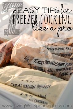7 easy tips for freezer cooking like a pro! Crock Pot Cooking, Slow Cooker Freezer Meals, Batch Cooking, Bulk Cooking, Make Ahead Freezer Meals, Crock Pot Freezer, Cooking Tips, Cooking Recipes, Freezer Cooking
