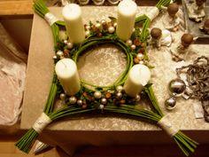 Advent,4 kaarsen, 4 hoekig. Goed idee.