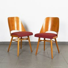 Pair of Ton Czechoslovakia dinner chairs, Dinner Chairs, Flat Design, Vintage Designs, 1960s, Design Inspiration, Pairs, Dining, Furniture, Home Decor