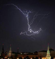 Thor's Hammer over Moscow ---------------------------------------------------------------------------------------------------------------------------------------------------------------------------------------------------(Viking Blog (copy/paste) elDrakkar.blogspot.com)