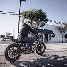 "El Corra Motors: Brawny Built / Speedmerchant ""PATANEGRA"""