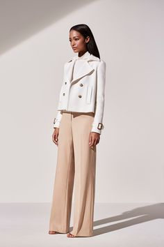 SHOP: Spring 2016 Work Outfits - chic cropped white jacket + wide leg trousers by Ann Taylor. Office Fashion Women, Womens Fashion For Work, Work Fashion, Fashion Outfits, Street Fashion, Fashion Hacks, Jeans Fashion, Sexy Outfits, Fashion Fashion