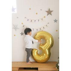 TOMさんの、ナンバーバルーン,ガーランド,ダイソー,ティンバーンスター風,息子3歳,誕生日飾り付け,誕生日,壁/天井,のお部屋写真