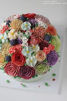 3호사이즈의 베란다스튜디오케이크입니다.3호사이즈는 15명에서 20명 정도 드실수 있는 푸짐한 양의 케이크...