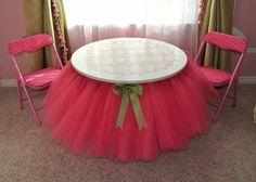 DIY Tutu Table Gorgeous Decorating Idea for Your Little Girls Bedroom Diy Tutu, Little Girl Rooms, Little Girls, Girly Girls, Baby Girls, Tutu Table, Princess Room, Princess Party, Princess Tutu