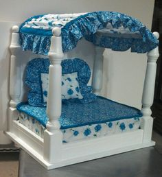 """Someone else pinned, """"I made this pet bed from a side table and recycled cushion!"""""""