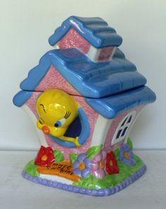 Gibson Warner Brothers Looney Tunes Tweety Cookie Jar