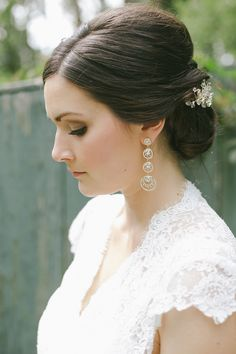 Photography: Oak & Myrrh Photography - www.oakandmyrrh.com/  Read More: http://www.stylemepretty.com/canada-weddings/2015/02/03/romantic-ontario-summer-wedding/