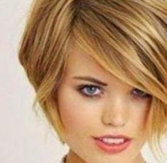 La moda capelli 2015 ci anticipa quali saranno i tagli trendy e gli accessori perfetti da abbinare per la stagione estiva. Hairstyles, Haircolor, Hairdos, Elegant, Haircuts, Hair Makeup, Hair Cuts, Hair Styles, Hairstyle