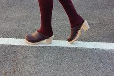 High Heel Clog in Aubergine Lotta From Stockholm