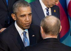 El presidente estadounidense Barak Obama habla con su homólogo ruso Vladimir Putin durante la cumbre del G20 en Turquía. AFP