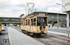 1966 Tw 3589 der BVG am Bahnhof Zoologischer Garten