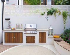 Small Patio Spaces, Small Outdoor Kitchens, Modern Outdoor Kitchen, Backyard Kitchen, Outdoor Oven, Outdoor Cooking, Blue Haven Pools, Built In Bbq, Bbq Area