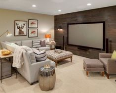 8 der coolsten Keller-Hangouts By Bryan Anthony, Houzz Whether it's adding tiered seating for the ultimate viewing experience or building a second kitchen to draw a crowd, there have bee – Heimkino Systemdienste New Homes, Tiered Seating, Cottage Interiors, Home, Basement Living Rooms, Family Room, Basement Decor, Basement Design, Home Decor