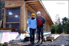 Christine Lolley and Tom Knezic, they design and build their first Environmentally Integrated Home. Energy Efficient Homes, Energy Efficiency, Off Grid House, Contemporary Cottage, Passive House, Sustainable Architecture, Modern House Design, Sustainability, Building