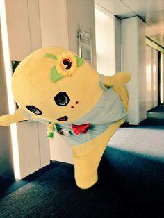 """みんなー今日も一日お疲れ様なっしー♪ヾ(。゜▽゜)ノ明日は一仕事終えたら博多に行くなっしー♪ 博多のみんなー土曜日は一緒にヒャッハーするなっしー♪ じゃーみんなあったかくしておやすみなさいなっしー♪ 明日もみんな幸せに梨汁ブシャー,"""""""