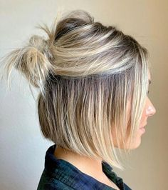 Straight Half Up Hairstyles For The Best Short Haircuts ❤ What are the best short haircuts? The ones that suit you best, of cours frisuren frauen frisuren männer hair hair styles hair women Easy Bun Hairstyles, Short Bob Hairstyles, Hairstyles Haircuts, Pixie Haircuts, Short Hair Hairstyles Easy, Short Haircuts Women, Cute Hairstyles For Short Hair, Blunt Bob Haircuts, Latest Short Haircuts