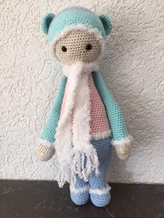 BINA the bear made by Marion S. / crochet pattern by lalylala
