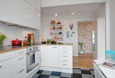 white-wood kitchen   Alvhem Brokerage and Interior