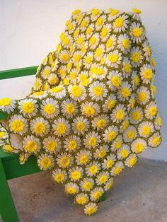 vintage daisy blanket