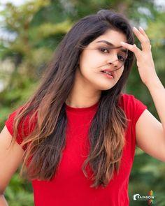 Beautiful Girl In India, Beautiful Blonde Girl, Beautiful Girl Photo, Beautiful Indian Actress, South Indian Actress, Beautiful Women, Dehati Girl Photo, Girl Photo Poses, Girl Photos