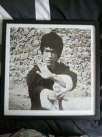 B/W Bruce Lee picture in Black Frame