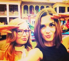 Elle McLemore (Holly Truman) & Torrey Devitto (Maggie Hall) - Army Wives Military Girlfriend Marine, Navy Girlfriend, Military Love, Military Spouse, American Wives, Torrey Devitto, Army Post, Army Wives, Celebrity Travel
