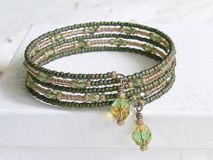 Green Brown Topaz, Seed Bead Bracelet, Beaded Memory Wire Bracelet, Boho Beaded Cuff, Earth Tones Bohemian Jewelry