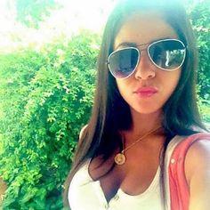 Publicado por: Paulina País: Colombia Provincia/Región: Ciudad: Cartagena Estado Civil: Soltero/a Edad 19 Género: Femenino Quiero: Hacer amistades Estoy bu Cat Eye Sunglasses, Eyes, People, Entertainment, Single Girls, Cartagena, Feminine, City, Colombia