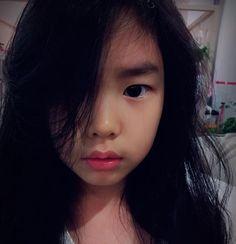 Haru & Tablo - Lee Haru - A Naughty Girl --- #leeharu #tablo #epikhigh #kanghyejung #epikhightablo Kang Hye Jung, Lee Haru, Superman Kids, Korean Variety Shows, Cute Asian Girls, Beautiful Children, Ulzzang, School Uniforms, Beautiful Kids